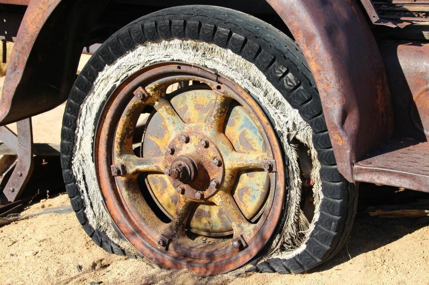 tire-416189_1280